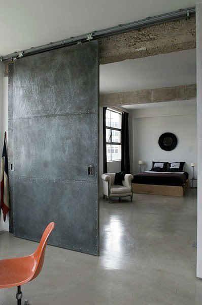 Dise os y estilos de puertas de metal estilos for Puertas de metal con vidrio modernas