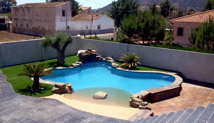 piscina natural imagen